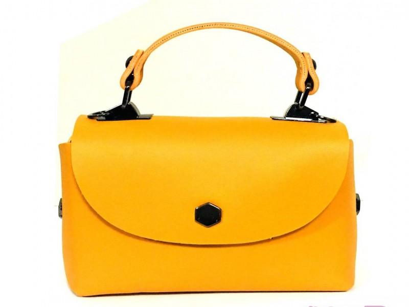 کیف زنانه زرد